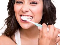 diş fırçalamak