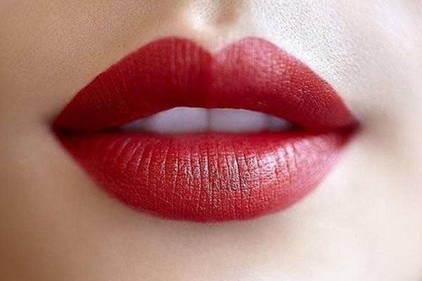kırmızı dudak